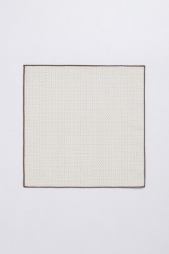 PS150014_BEIGE WITH BROWN BROADER_POCKET SQUARE_COTTON_STITCHES_KLOFFMAN_B