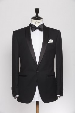 SU140005_BLACK_SOLID_SUIT_WOOL_DINNER_KLOFFMAN_A