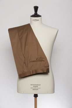 TR150006_BROWN_SOLID_TROUSERS_COTTON_SLIM FIT_KLOFFMAN